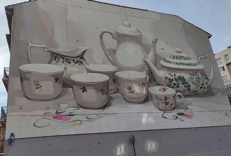 La fábrica de loza de San Claudio escrita en un grafiti